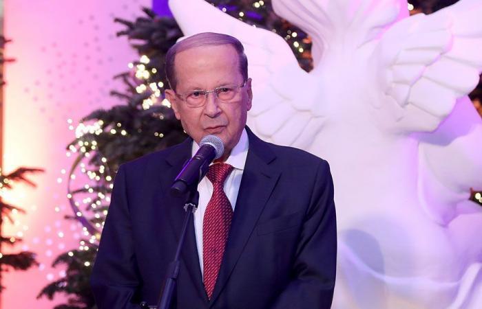بالصور: إضاءة شجرة ومغارة الميلاد في قصر بعبدا