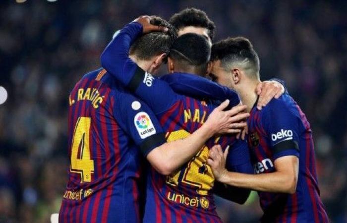 برشلونة يبلغ ثمن النهائي
