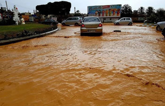 أمطار غزيرة في صيدا.. وأضرار في شوارع المدينة