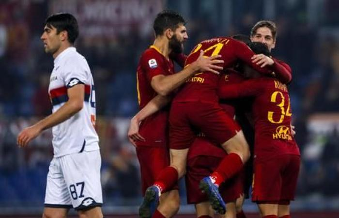 روما يقلب تأخره إلى فوز أمام جنوى