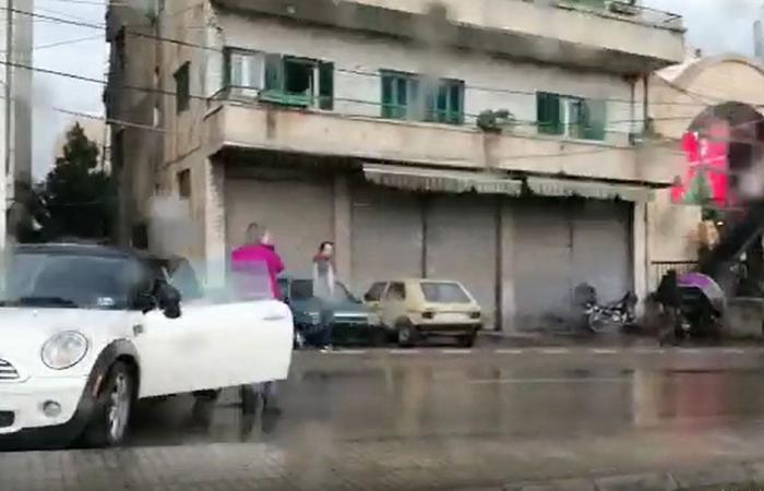 بالفيديو: حادث سير على طريق الحازمية باتجاه جسر الباشا