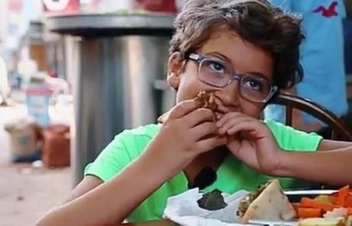 مصر | قصة أصغر متذوق للطعام بمصر.. استغل شهرته لترويج مدينته