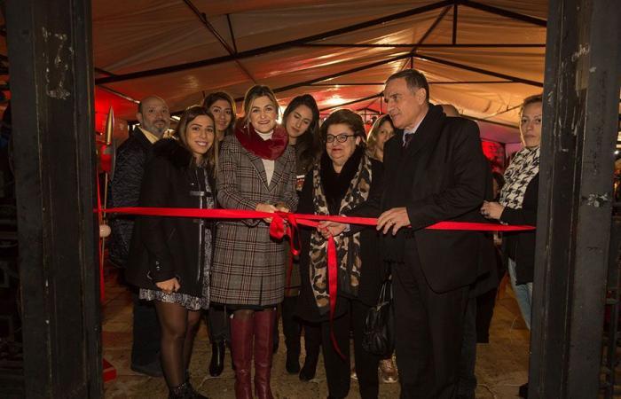 """""""مؤسسة رينه معوّض"""" تفتتح """"القرية الميلادية في زغرتا"""": احتفالات للأولاد وريسيتال لألين لحود"""