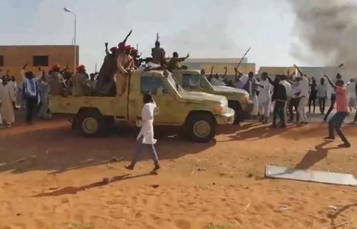 الخليح | الكويت والبحرين تصدر تعليمات لرعاياهما في السودان