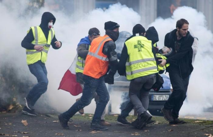 عيد الميلاد يمنح الحكومة الفرنسية استراحة من الاحتجاجات