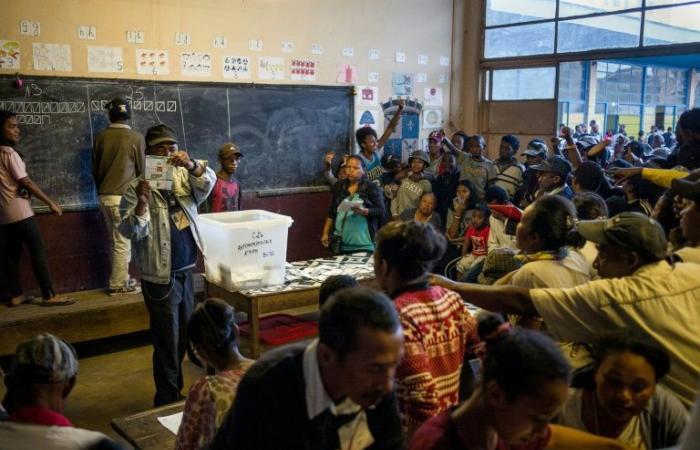"""مرشح رئاسي في مدغشقر يرى """"ظلمًا"""" في نتائج الانتخابات"""
