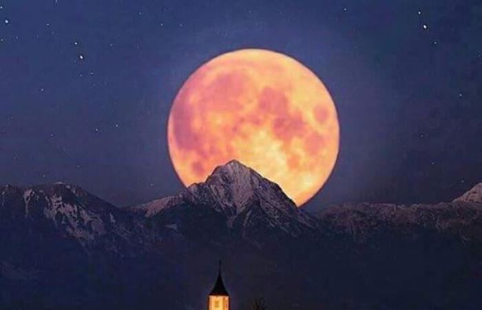 """تساؤلات عن القمر لم تستطع """"ناسا"""" إجابتها!"""