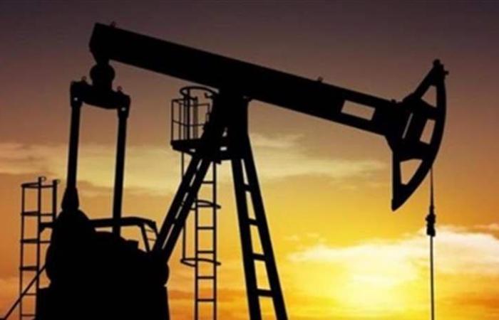 النفط يرتفع بدعم محادثات تجارية أمريكية صينية