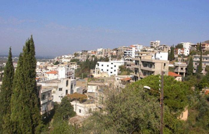 إنهيارات للأتربة والصخور على طريق عام مجدلا حلبا