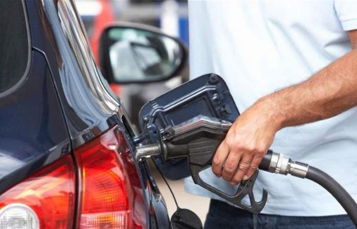 للبنانيين: قبل أن تذهبوا إلى محطة الوقود.. هذا سعر البنزين الجديد!