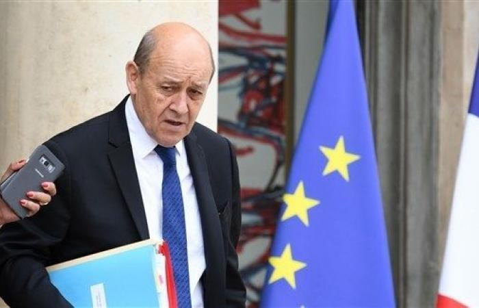 فرنسا واليابان تعززان شراكتهما العسكرية