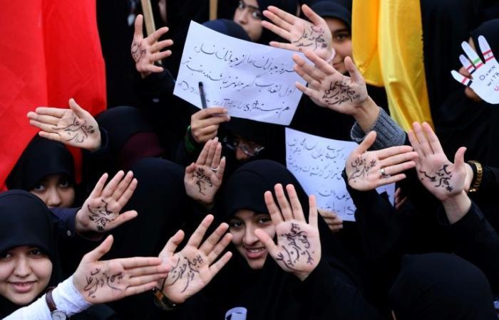 """إيران: الولايات المتحدة مصابة بـ""""هستيريا"""" منذ انسحابها من الاتفاق النووي"""