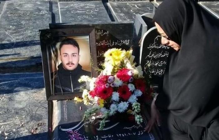 إيران   أم إيرانية تكسر صمتها: قتلوا ابني المتظاهر تحت التعذيب