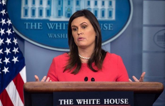 ترمب يبلغ سارة ساندرز ألا تعطي أهمية للقاءات مع الصحافيين