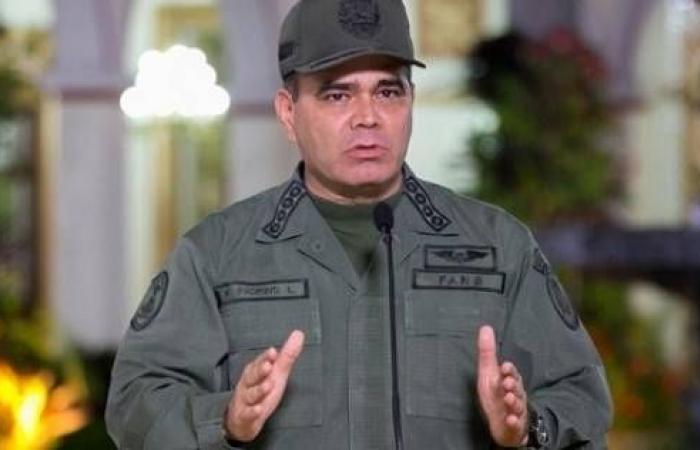 """الجيش يرفض إعلان غوايدو نفسه """"رئيسا بالوكالة"""" لفنزويلا"""