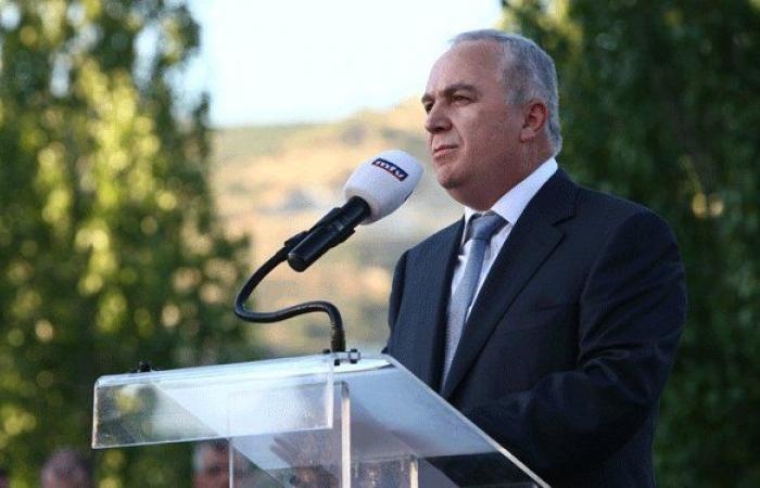 ضاهر: عون لن يقبل بتفعيل حكومة تصريف الأعمال