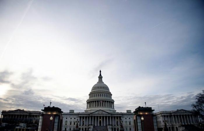 مجلس الشيوخ الأميركي يقرّ الاتفاق بشأن إنهاء الإغلاق الحكومي