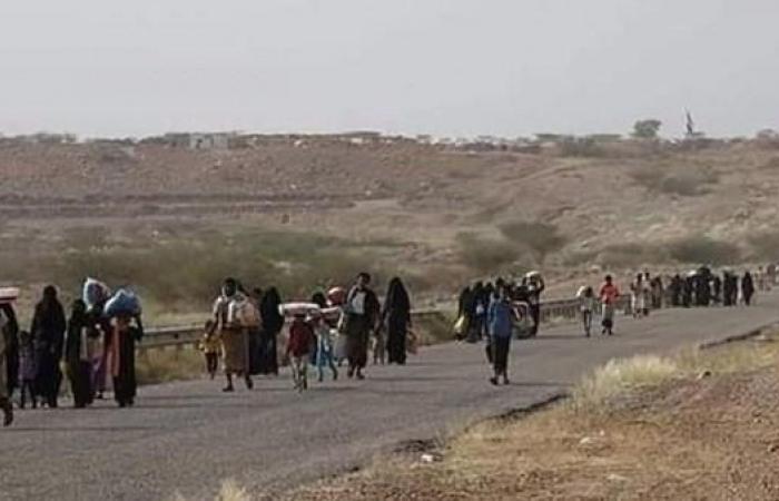 اليمن | 100 منظمة تدين استهداف الحوثيين مخيماً للنازحين