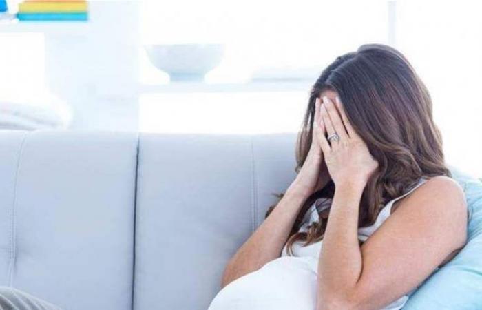 هل يشعر الجنين ببكاء أمّه أثناء الحمل؟