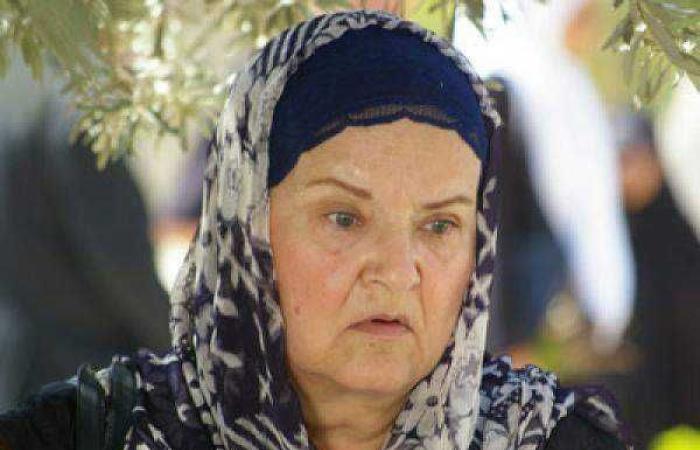 نقل ممثلة سورية شهيرة إلى العناية المشددة بمستشفى الأسد!