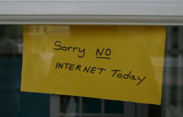 روسيا تقطع الاتصال بالإنترنت كجزء من اختبار لخطةطوارئ