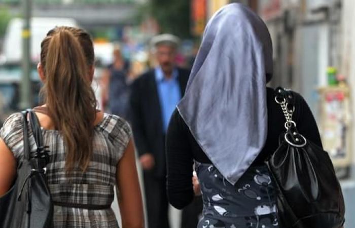 سوريا | 3 فتيات سوريات يتعرضن لاعتداء في برلين.. والشرطة تحقق