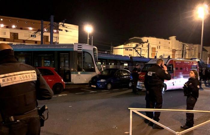 إصابة 12 شخصا في تصادم عربتي ترام في فرنسا