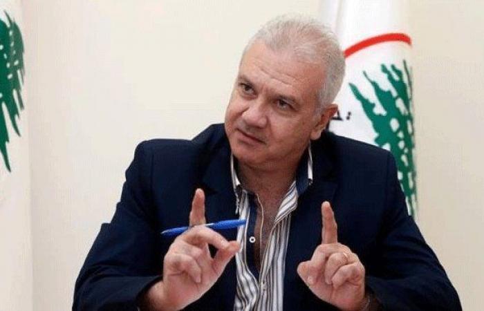 كرم: الموسوي أخطأ بتطاوله على الرئيس بشير الجميل