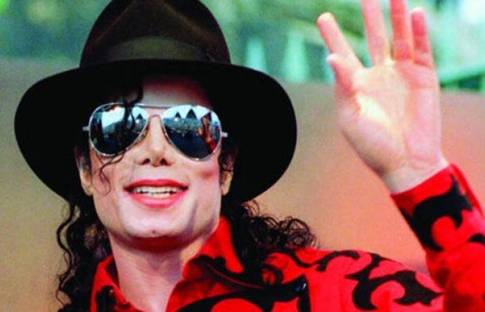 تشريح جثة مايكل جاكسون يكشف أسرارا عن جسده