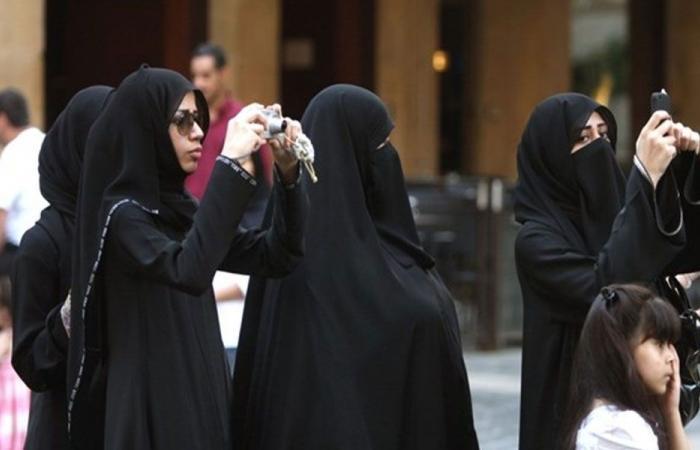 وزير السياحة لـ «الشرق الأوسط» : اتخذنا إجراءات لوقف استغلال السائح