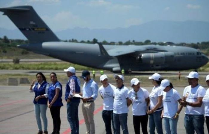 وصول دفعة جديدة من المساعدات الاميركية الى الحدود بين كولومبيا وفنزويلا