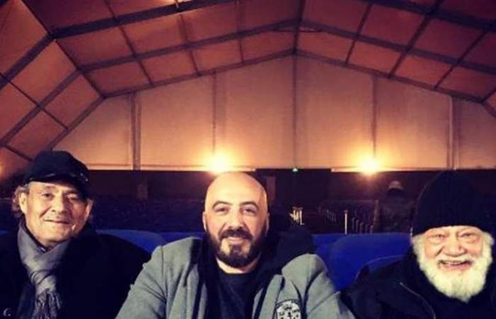 رغم خسارته للوزن وتعبه.. هكذا يتحدى فاروق الفيشاوي السرطان (صورة)