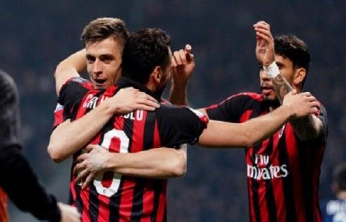 ميلان يعزز موقعه في الدوري الإيطالي ويشدد الخناق على جاره الإنتر