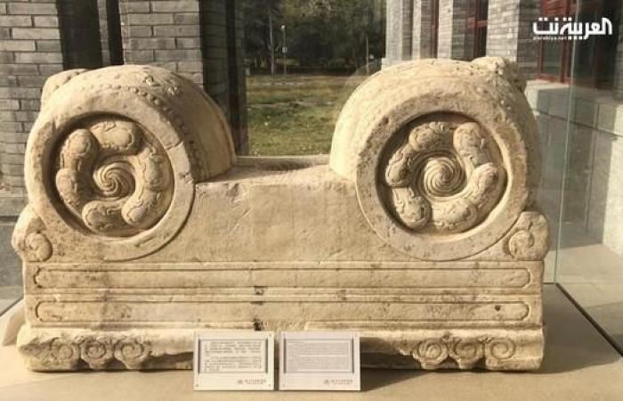 الخليح   هذه قصة القطعة الأثرية في مكتبة الملك عبدالعزيز ببكين