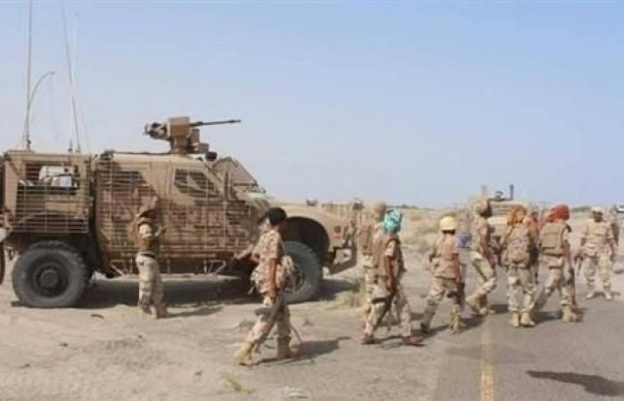 اليمن | اليمن.. السيطرة على معسكر القاعدة في وادي عمران بأبين