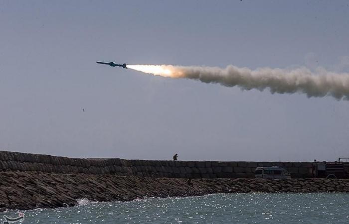 إيران | رغم القرار الأممي.. إيران تطلق صواريخ كروز بالمناورات