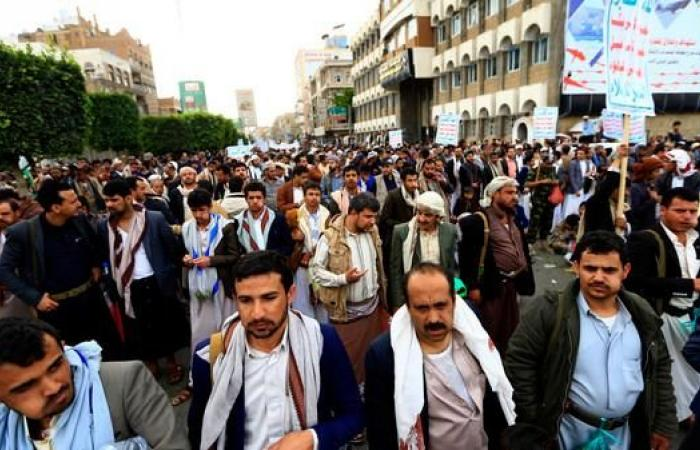 اليمن   الحوثي يستغل المؤسسات الدينية وغيرها لنشر فكره الطائفي