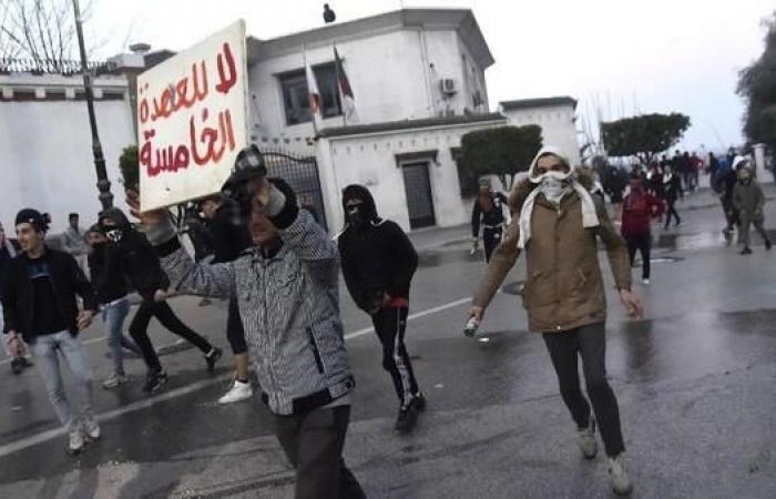الجزائر.. تجدد المظاهرات الرافضة لترشح بوتفليقة