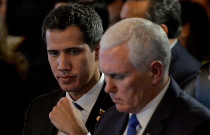 بنس: جميع الخيارات مطروحة للتحرك ضد مادورو
