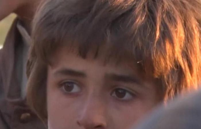 العراق   آخر الخارجين من جحيم داعش.. طفل أيزيدي خطف قبل سنوات