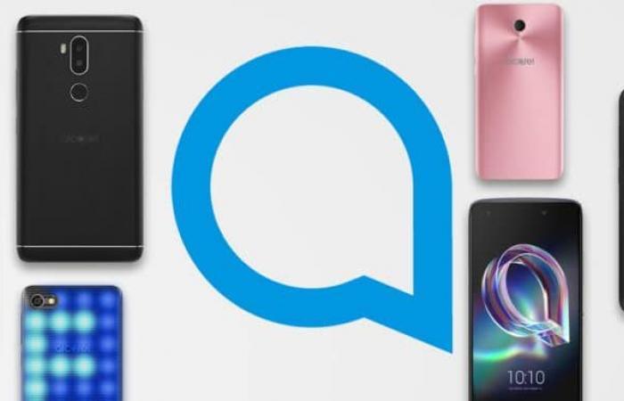 ألكاتيل تعرض هواتف ذكية منخفضة التكلفة بميزات أساسية