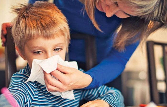 طفلك يعود الى المنزل مريضاً… اليك 5 إرشادات