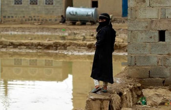 اليمن   اليمن.. أسرة تزوّج طفلة في الـ3 من عمرها مقابل الطعام