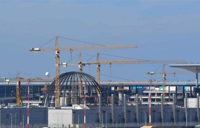 سيستقبل 90 مليون مسافر سنويا.. للمرة الثالثة تأجيل افتتاح مطار اسطنبول