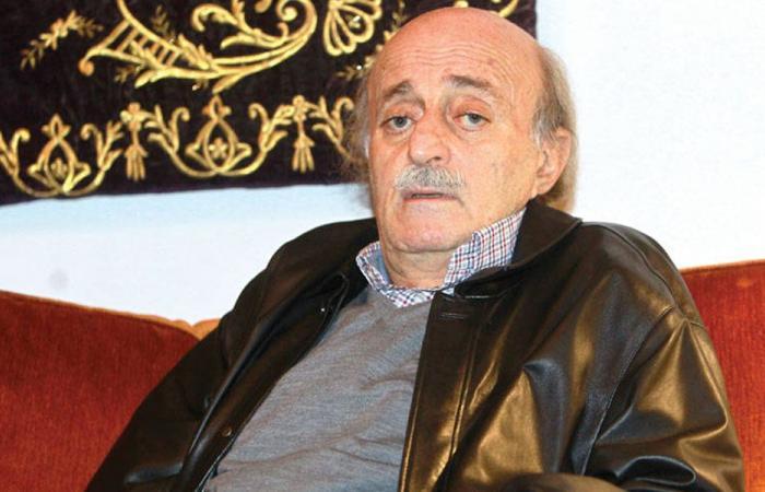 جنبلاط عن استقالة ظريف:ضحية المتشددين في إيران!