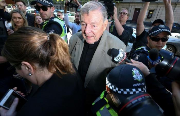 محكمة أسترالية تأمر باعتقال الكاردينال بيل بعد إدانته بالاعتداء جنسياً على طفلين