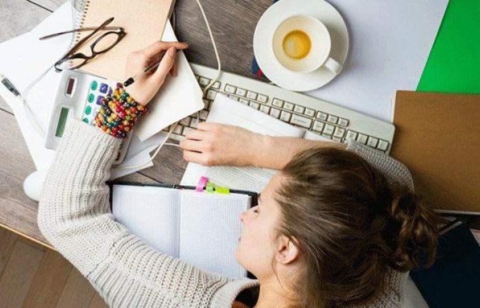 النساء يكتئبن في العمل أكثر من الرجال!