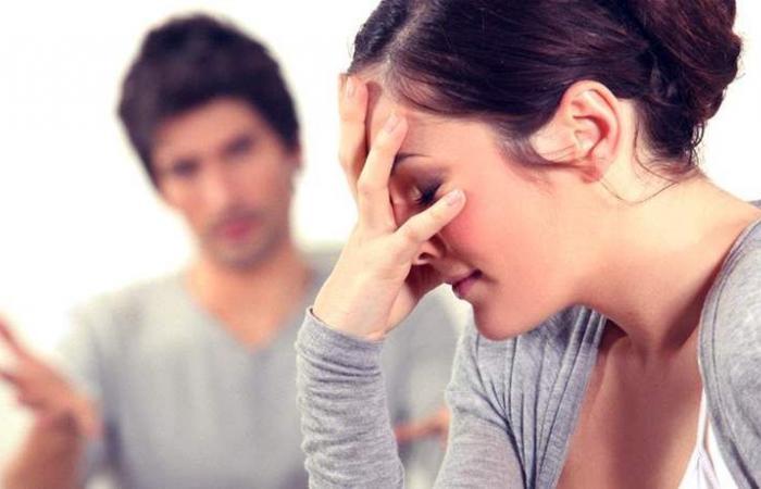 مواقف تجعل المرأة تنفصل عن الشريك.. حتى لو كانت متيمة به!