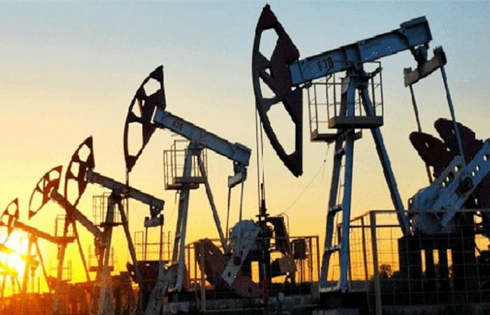 النفط يرتفع مع مقاومة أوبك ضغوط ترامب لتخفيف قيود الإنتاج
