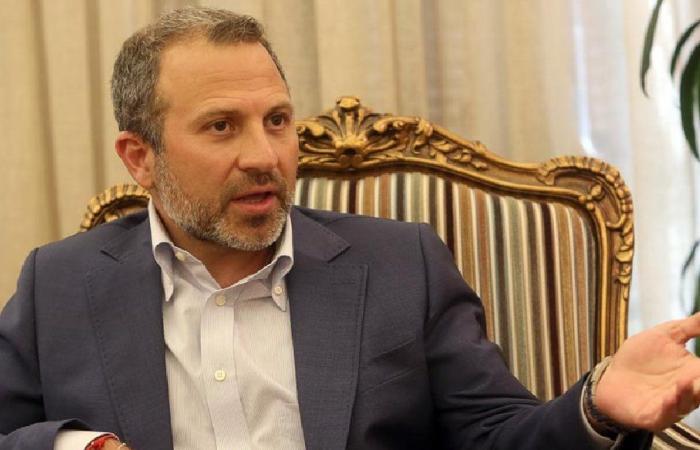 """باسيل: """"البلد رح يروح من بين إيدينا""""!"""